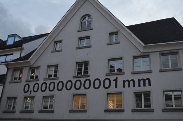 0,0000000001 mm nanometer in Bregenz